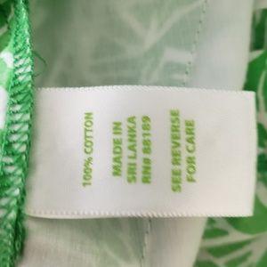 Lilly Pulitzer Shorts - Lilly Pulitzer Green Bean Giraffe Callahan Shorts